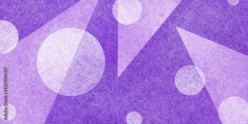 Photo abstract purple and white background with triangles and circle shapes in random