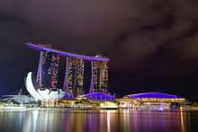 Singapore Merlion Park And Sin...