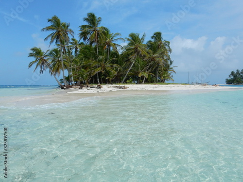 Fototapeta Coco Banderos, San Blas islands, Guna Yala territory, Panama obraz na płótnie