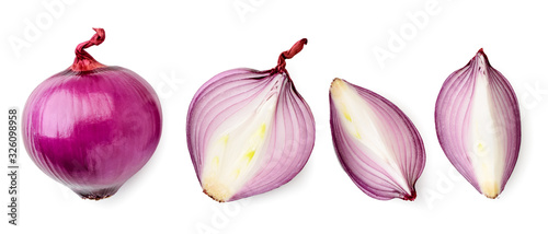 Fotografía Set of red onions whole, half and quarter close-up