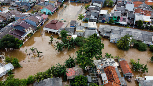Photo Aerial POV view Depiction of flooding