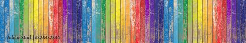 Fond bois de bardage aux couleurs de l'arc-en-ciel  - 326337334