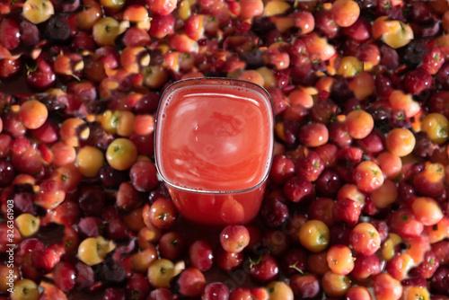 Photo Fresh fruits and acerola