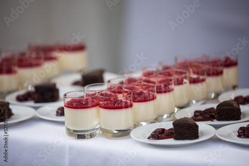 Fototapeta Dessert auf einer Veranstaltung Event Catering