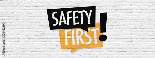 Obraz Safety first on brick wall - fototapety do salonu