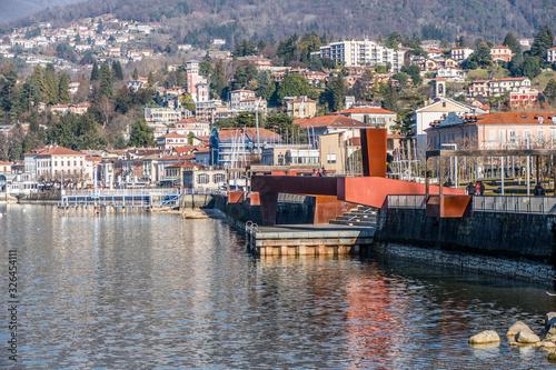 Valokuvatapetti Landscape of Luino
