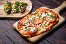 Flatbread Pizza Margherita