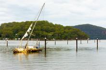 Sunken Yacht On The Hawksbury ...