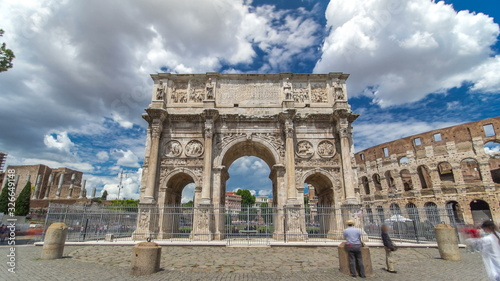 Photo Arch of Constantine timelapse , Rome, Italy.