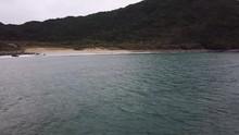海上から見る砂浜の全...