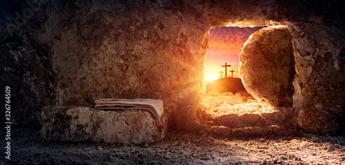 Leinwand Poster Tomb Empty With Shroud And Crucifixion At Sunrise - Resurrection Of Jesus Christ