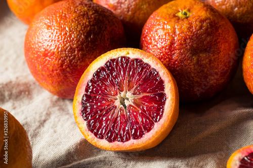 Fototapeta Raw Organic Red Blood Oranges obraz