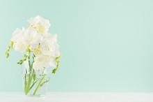 Spring Gentle Fresh Flowers In...