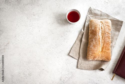 Carta da parati Red Wine and Bread