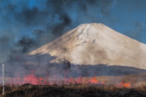 Fototapeta 炎と火と富士山