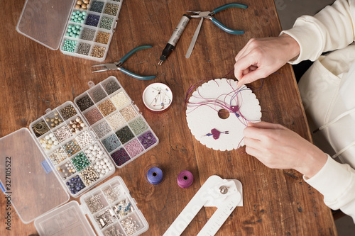 Photo Lifestyle concept, work from home to reinvent your life: top view of woman hands