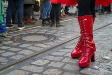 Sexy Long Red Patent Boots Wro...
