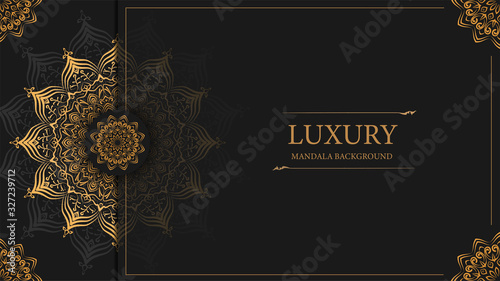 Foto Luxury mandala background with golden arabesque pattern arabic islamic design