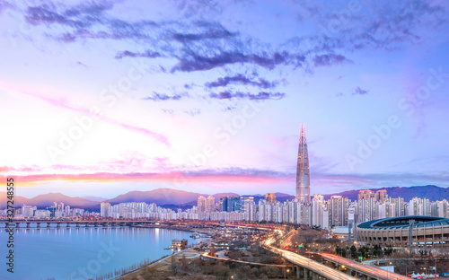 Photo Seoul City at Sunrise and han river South Korea