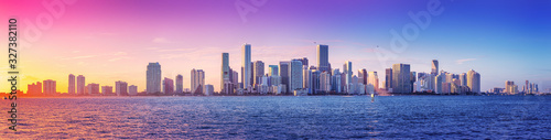 Leinwand Poster panoramic view at the skyline of miami while sunset