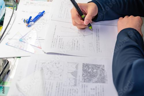 Obraz 受験勉強 テスト勉強 宿題 予習 復習 学習 イメージ 数学 - fototapety do salonu