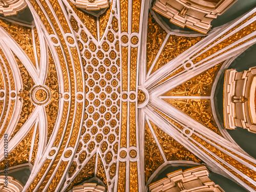 Tela The Capela dos Ossos, Chapel of Bones in Evora Portugal