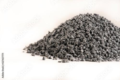 Photo Granelli di plastica riciclata grigia