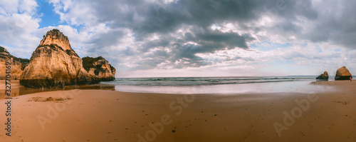 Photo Algarve coast and beaches in Portugal