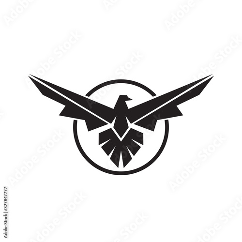 Photo Eagle Logo linear style falcon and hawk vector template with circle design