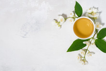 Pialat With Green Tea. White B...