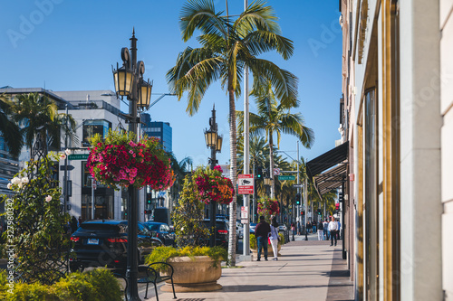 View of the fashionable street Rodeo Drive in Beverly Hills in Los Angeles, Cali Wallpaper Mural
