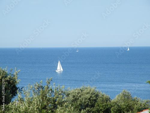 Photo Seegelboote auf der Adria vor Kroatien