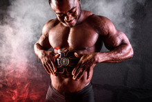Bodybuilder Male African Uses ...