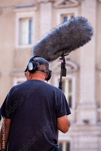 Tela Sound recorder with microphone, boom mic and headphones