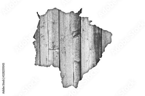 Fotografie, Obraz Karte von Mato Grosso do Sul auf verwittertem Holz