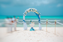Wedding Arch And Musicians On The Beach, Artistic Blur, Lensbaby