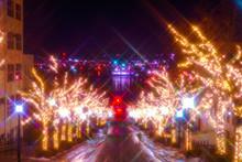 導く光 冬の函館