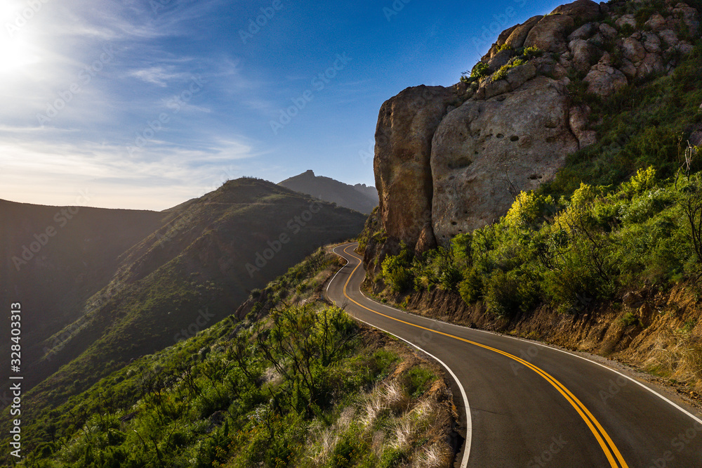 Fototapeta mountain pass
