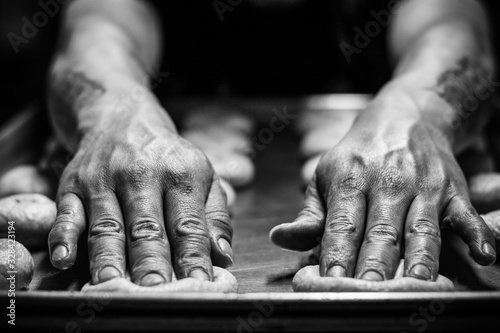 Photo amasando el pan