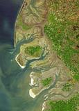 Satellite image of the German Wadden Sea coast. Contains modified Copernicus Sentinel data 2019.
