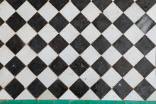 Black And White Ceramic Tiles ...
