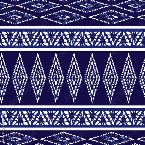 Fotografía Vector blue shibori diamond and triangle stripes abstract seamless pattern