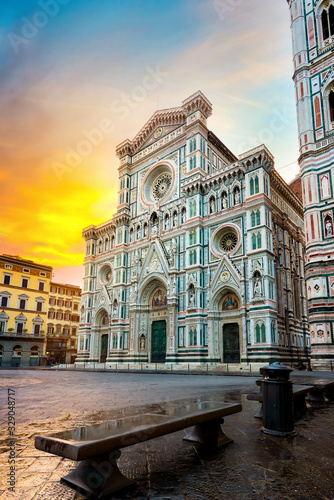 Cuadros en Lienzo Famous basilica in Florence