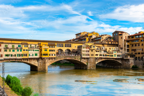 Photo Bridge Vecchio in Florence