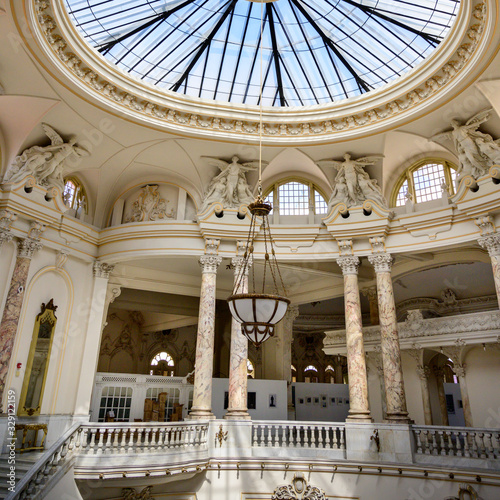 Photo Interiors of a church, Havana, Cuba