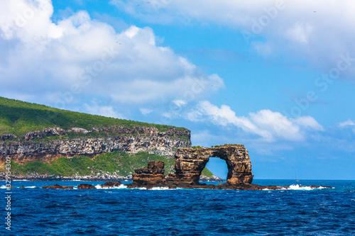 Slika na platnu Famous Darwin's Arch in Galapagos in Ecuador