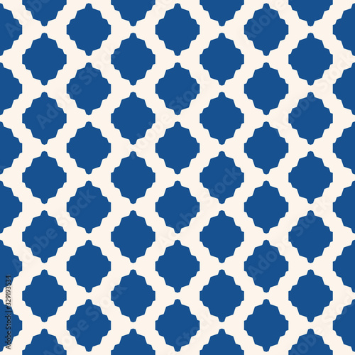 Abstract geometric seamless pattern. Vector background in blue and white color. Simple ornament with mesh, grid, rhombuses, diamond shapes, lattice. Elegant ornamental texture. Ethnic style design