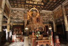 Wooden Buddha Statue Inside Ke...