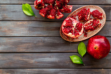 Juicy Pomegranate With Seeds O...