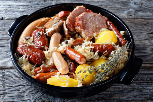 Fototapeta Alsace dish: sour cabbage with meat and potato